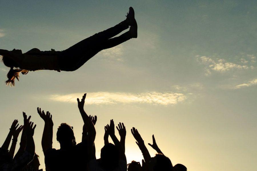 Quanto è difficile avere fiducia negli altri? Dai dati Istat, solo il 20% delle persone ci riesce.